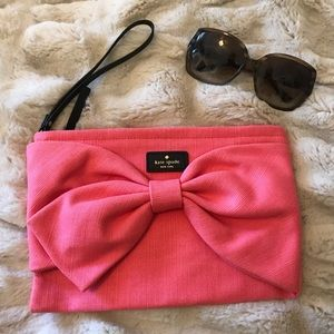 {Kate Spade} Bow Clutch